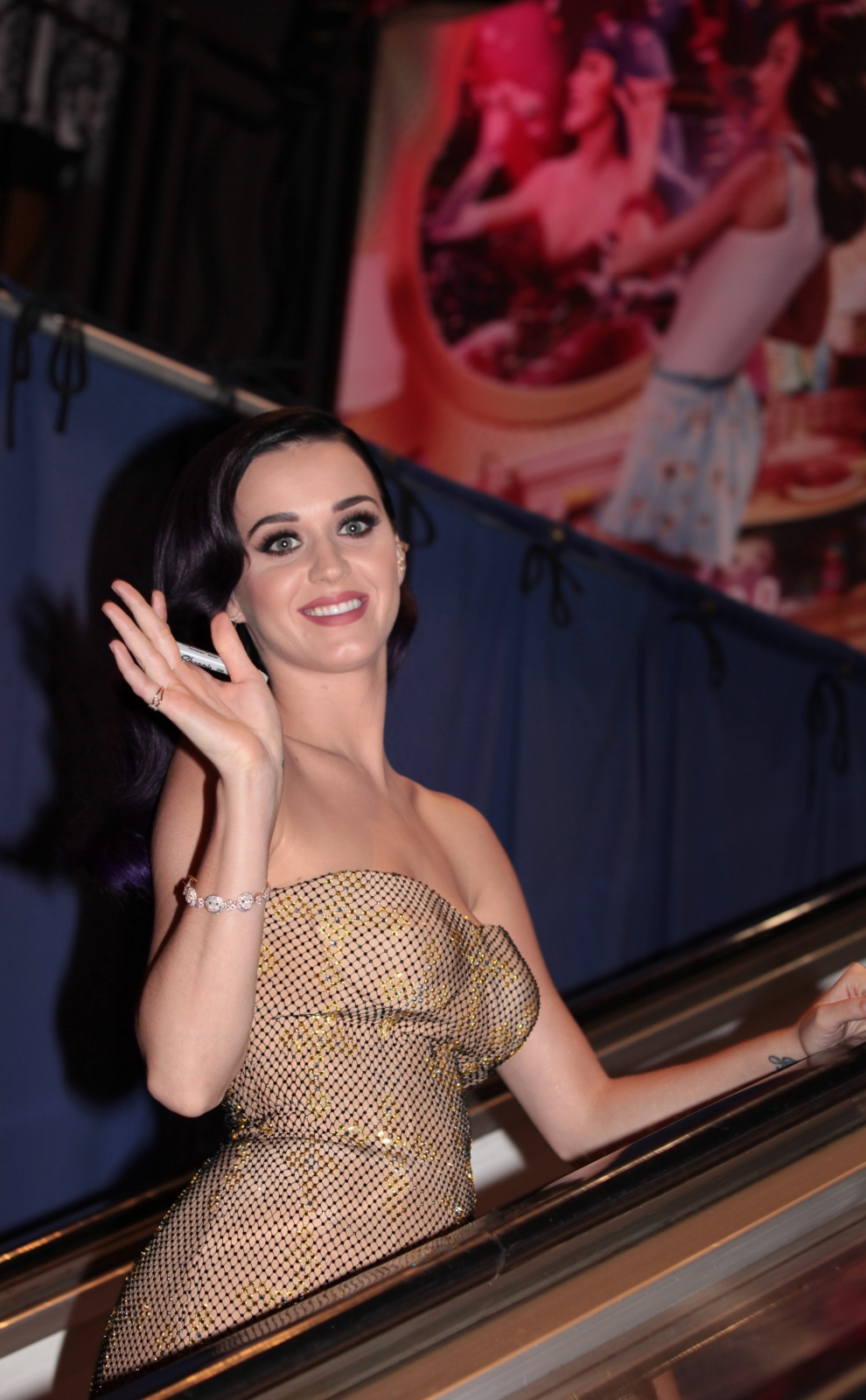 5 . Katy Perry – 45 mln dol.
