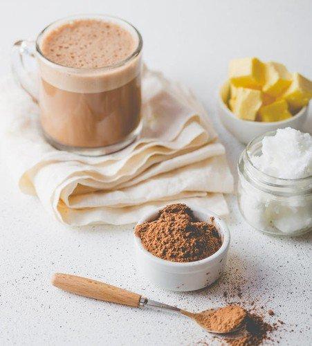 Ova kafa koristiće vam kad ste na specijalnom režimu ishrane. U suprotnom, ako je mešate s hranom koja sadrži obilje ugljenih hidrata, imaćete negativne efekte, koji će se odraziti na vašu figuru!