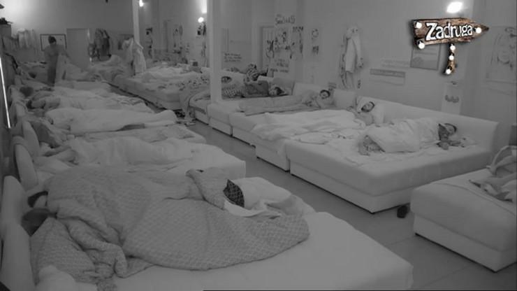 Miljana i Zola u vreloj akciji u krevetu