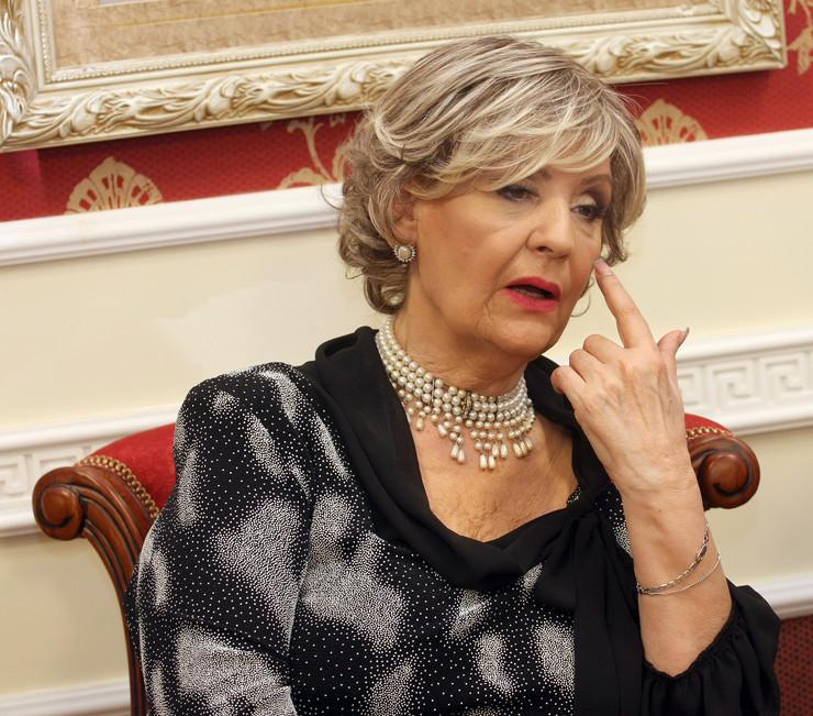 """""""ŠTO NE PODELIŠ PARE SIROMAŠNIMA?!"""": Lepa Lukić šokirana njegovim rečima!"""