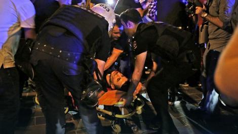 U sukobima je povređeno više od 1.000 ljudi