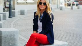 Ponadczasowe czerwone rurki - jak nosi je Kasia Tusk?