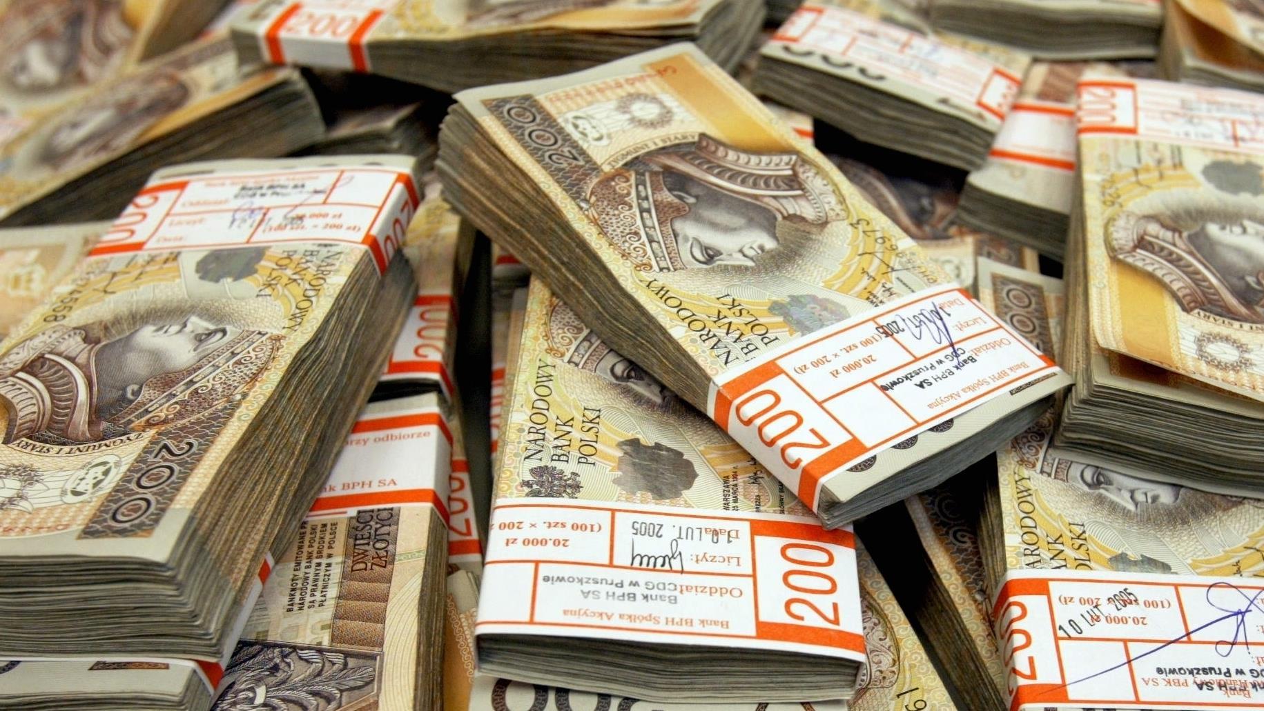 Znalezione obrazy dla zapytania pieniądze zł