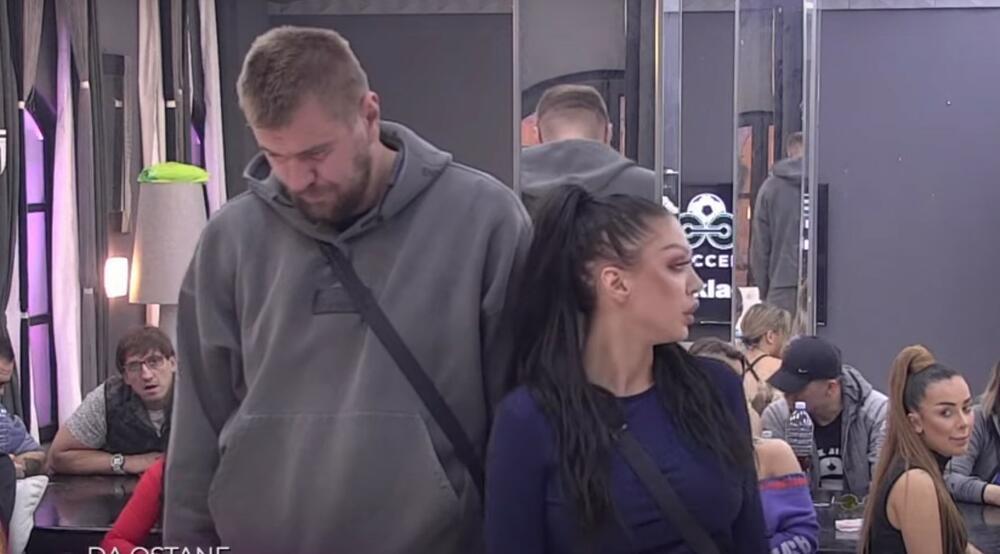 To je ta LJUBAV PATOLOŠKA: Maja Marinković i Janjuš ostavili sve bez teksta...