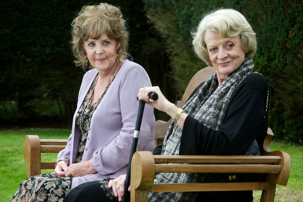 Pauline Collins i Maggie Smith w filmie