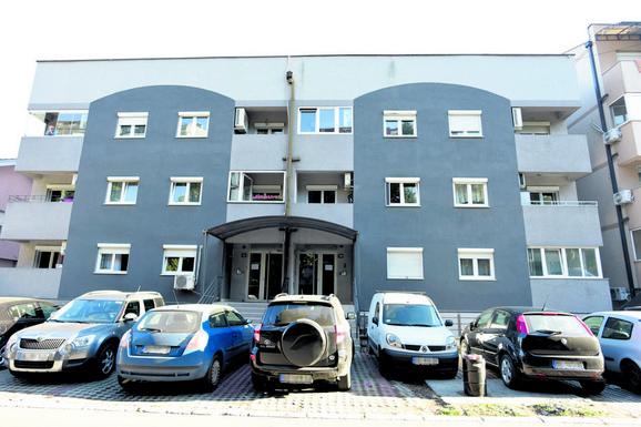 Zgrada u kojoj žive Andrej i Anabela