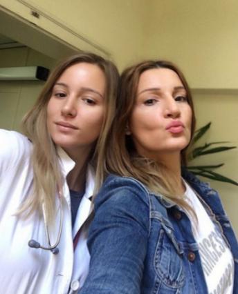 Mira Škorić sa ćerkom Milicom