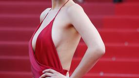 Zdjęcia gwiazd z profilu... z seksowną niespodzianką