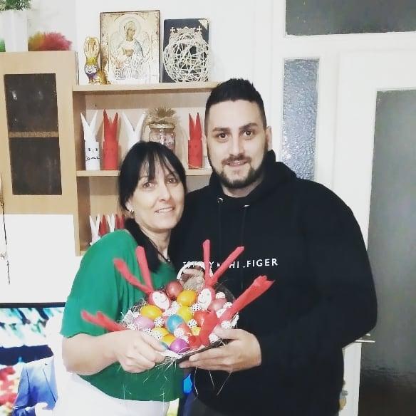 Lazar Čolić Zola sa majkom Bosom