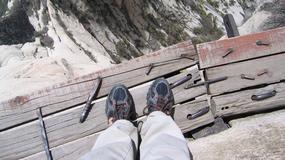 Chiny - Hua Shan - najtrudniejszy szlak na świecie