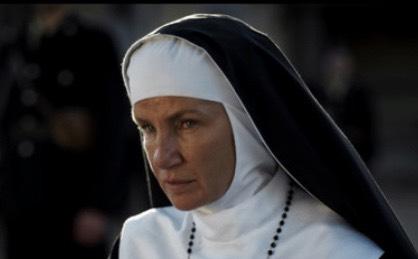 Zla časna sestra iz ''Dare iz Jasenovca'' je ZANOSNA PLAVUŠA! Pogledajte kako izgleda bez odore! (FOTO)