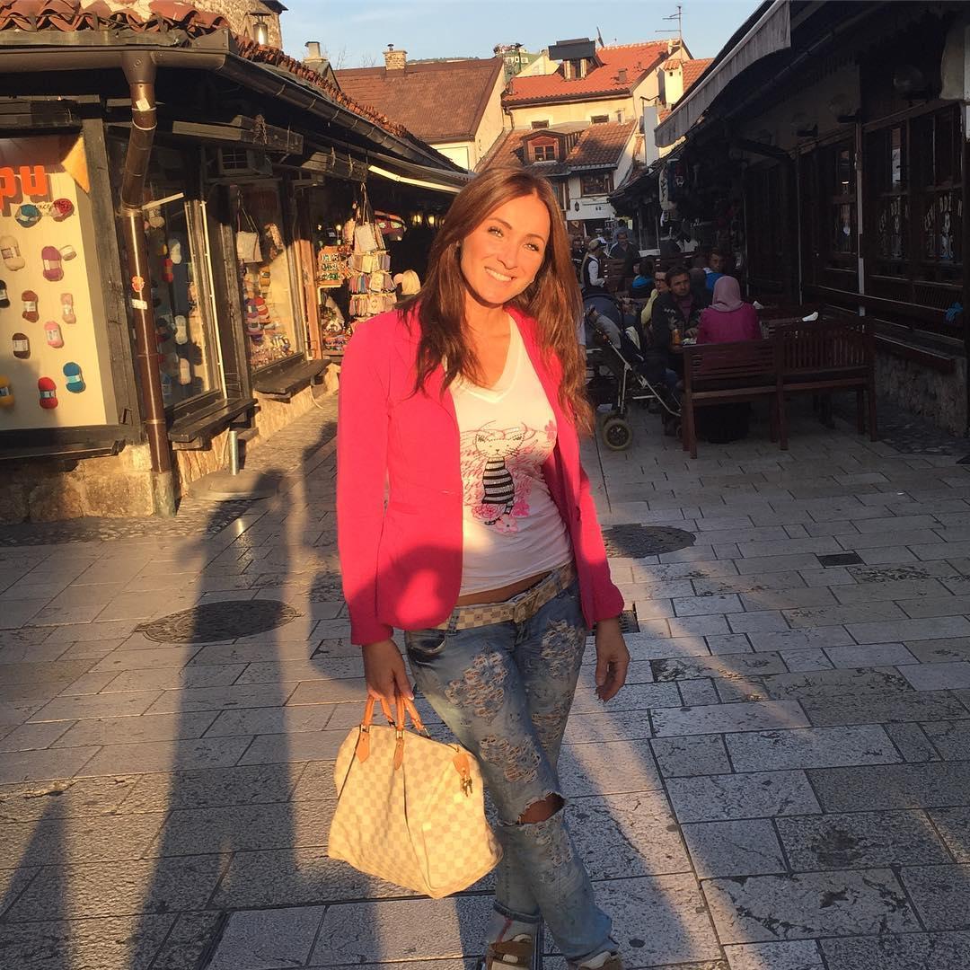 'PONEKAD MI OSTANE SAMO 10 EVRA!' Nakon priznanja da je prešla u podstanare, Slađa Delibašić otvorila dušu o finansijskom stanju!