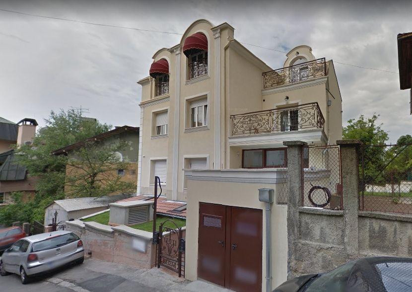 Zgrada gde se nalazila kuća u kojoj se snimala serija
