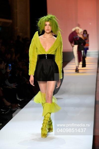 Živopisni modeli šetali su na Pariskoj nedelji mode