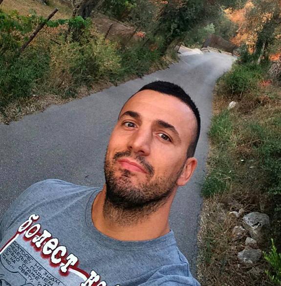 VILA SA BAZENOM I POGLEDOM NA MORE: Vadimir Tomović sređuje svoje imanje, pokazao gde će živeti posle zadruge! (FOTO)