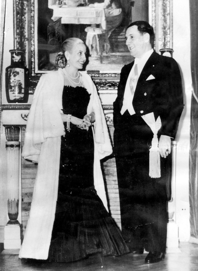 Evita i Huan Peron u poseti pozorištu