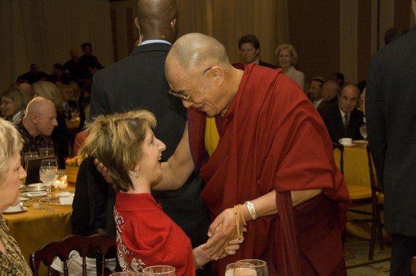 Ešli Kurpiel sa Dalaj Lamom