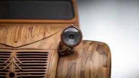 Drewniany Citroën 2CV trafił do muzeum