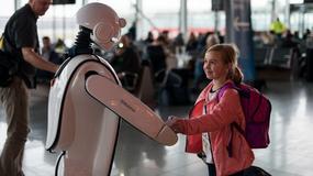 Robot EuGenius na wrocławskim lotnisku