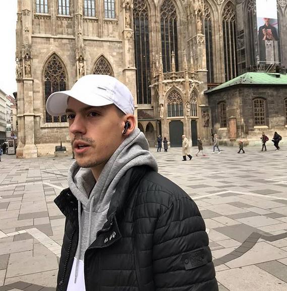 Baka Prase se ponovo vratio, pa objavio fotografiju koju svi KOMENTARIŠU! ŠOK!