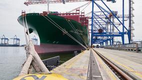 """Jeden z największych statków oceanicznych świata """"CSCL Arctic Ocean"""" wpłynął do gdańskiego portu"""
