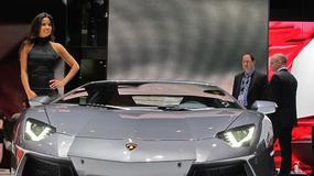 Genewa 2011: dziewczyny i samochody (galeria, wideo)