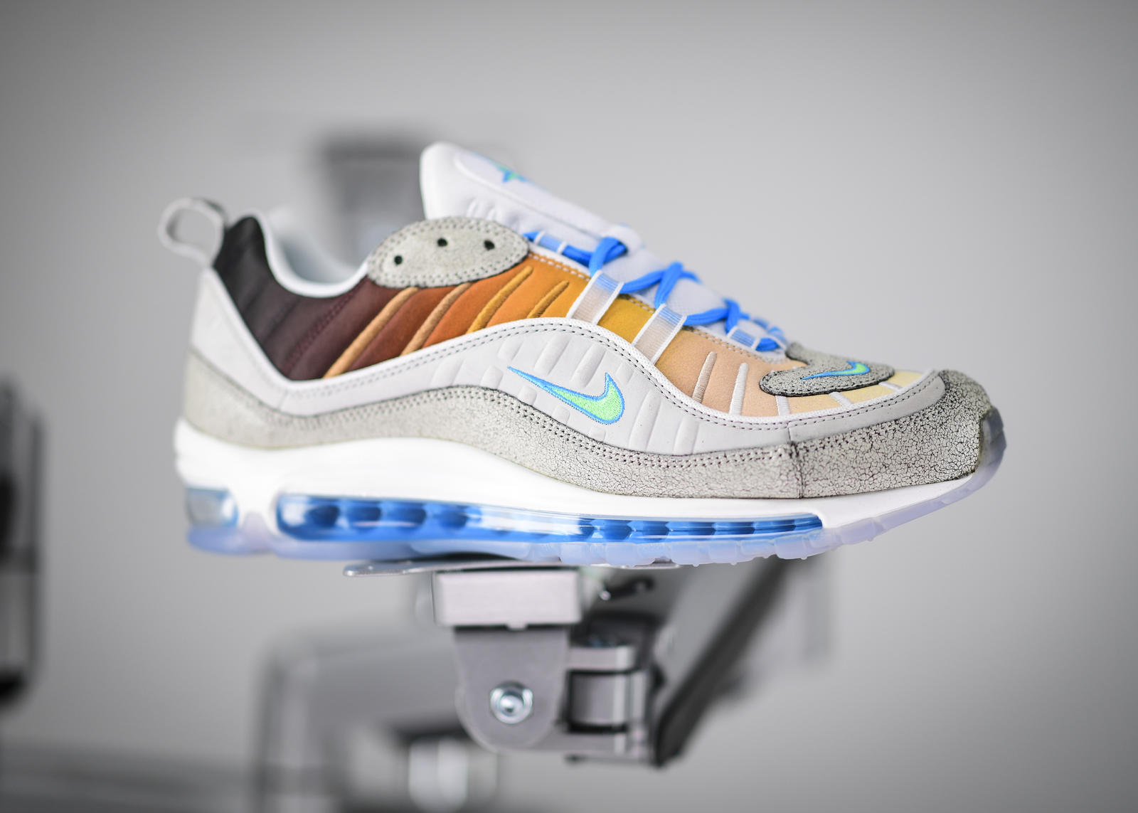 Chaussure Nike Air Max 97 On Air Jasmine Lasode. Nike LU