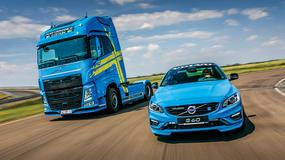 Volvo S60 Polestar vs Volvo FH 540 Performance Edition
