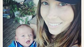 Jessica Biel w obcisłych dżinsach dwa miesiące po porodzie