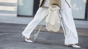 Białe spodnie - idealne na wiosnę. Jak je nosić?