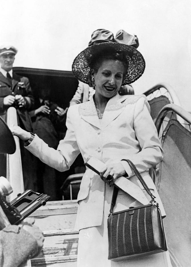 Evita Peron na jednom od svojih diplomatskih putovanja
