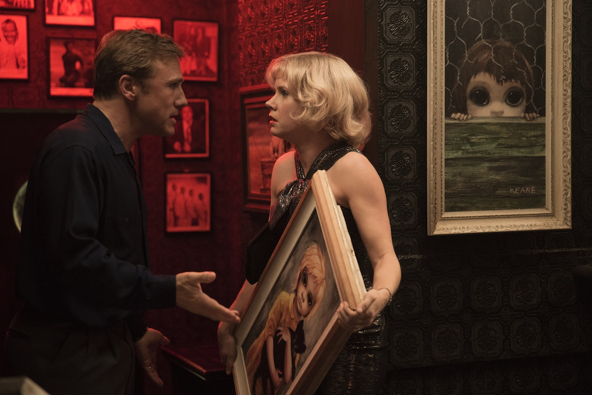 Amy Adams i Christoph Waltz w filmie