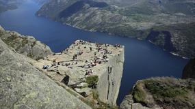 Preikestolen - skalna platforma nad fiordem, największa atrakcja Norwegii