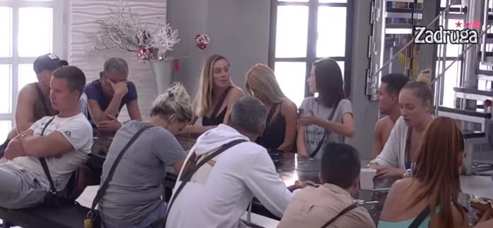 Luna Đogani i Anabela Atijas se svađaju