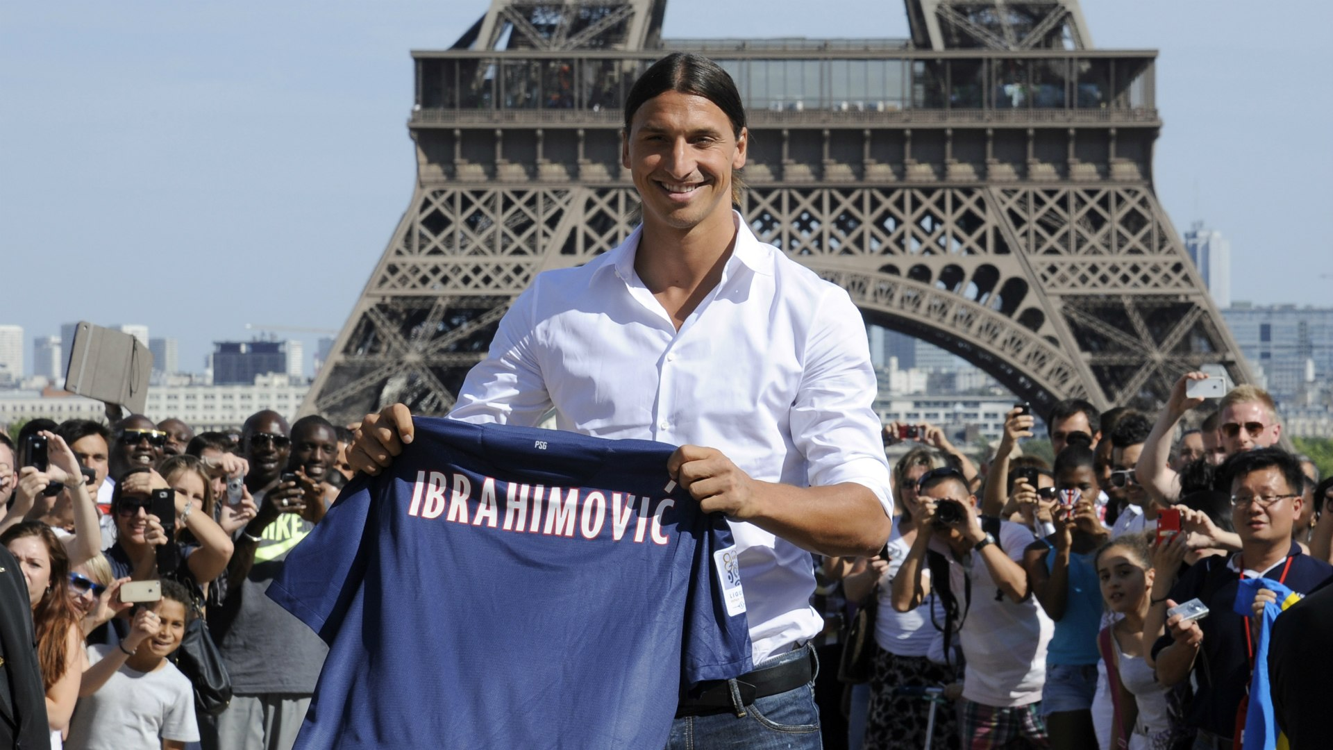 Zlatan Ibrahimovic Eiffel Tower Responds To Psg Striker Article Pulse Nigeria