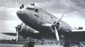 PLL LOT: Tak podróżowało się samolotami przed wojną [ARCHIWALNE ZDJĘCIA]