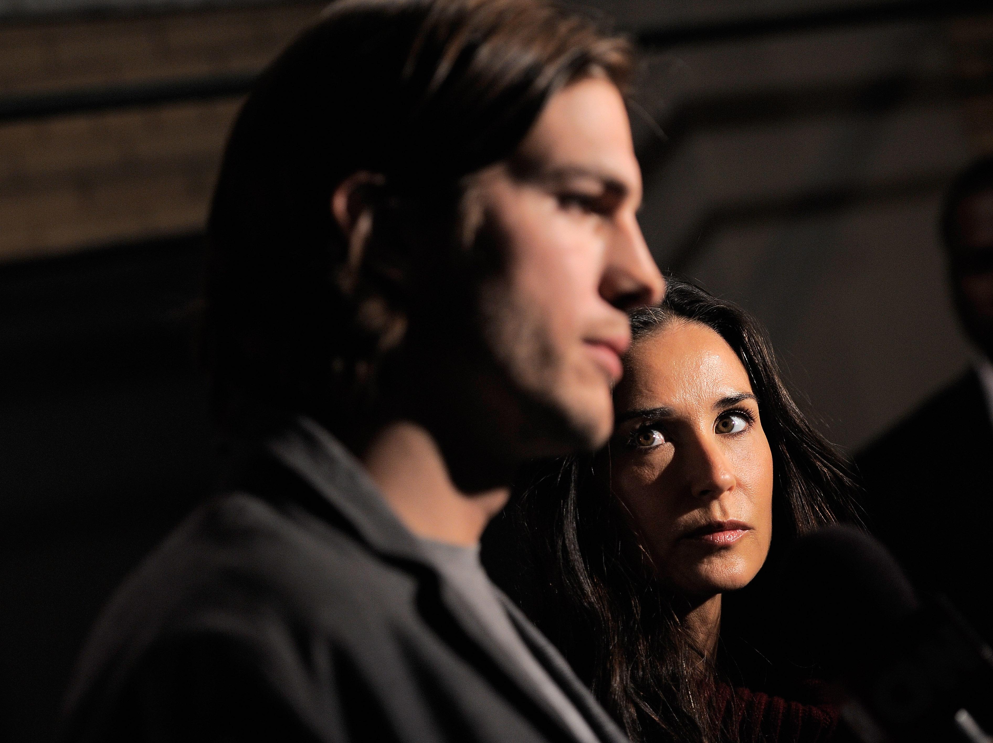 Ashton Kutcher i Mila Kunis - historia randek