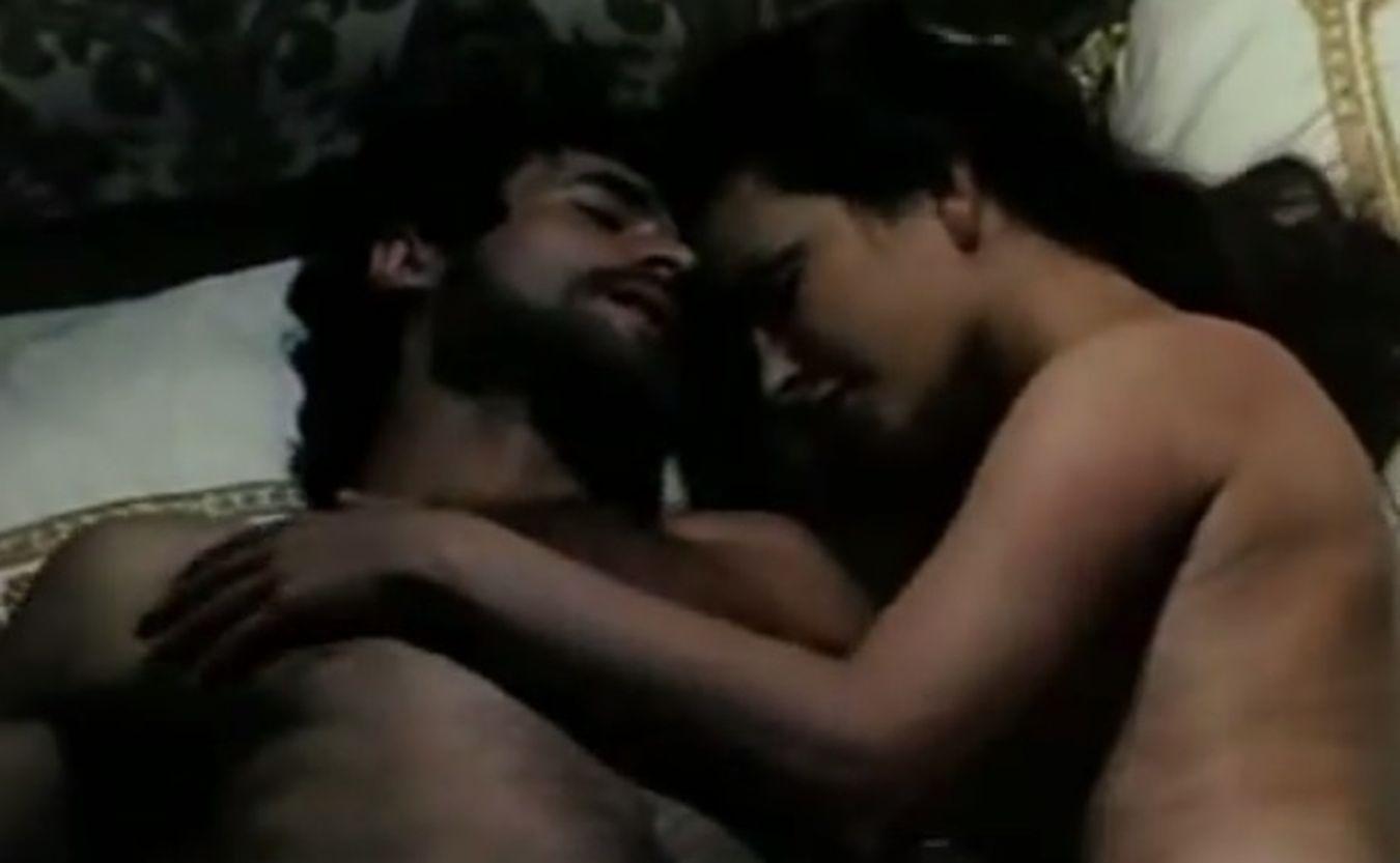 obfituje filmy erotyczne