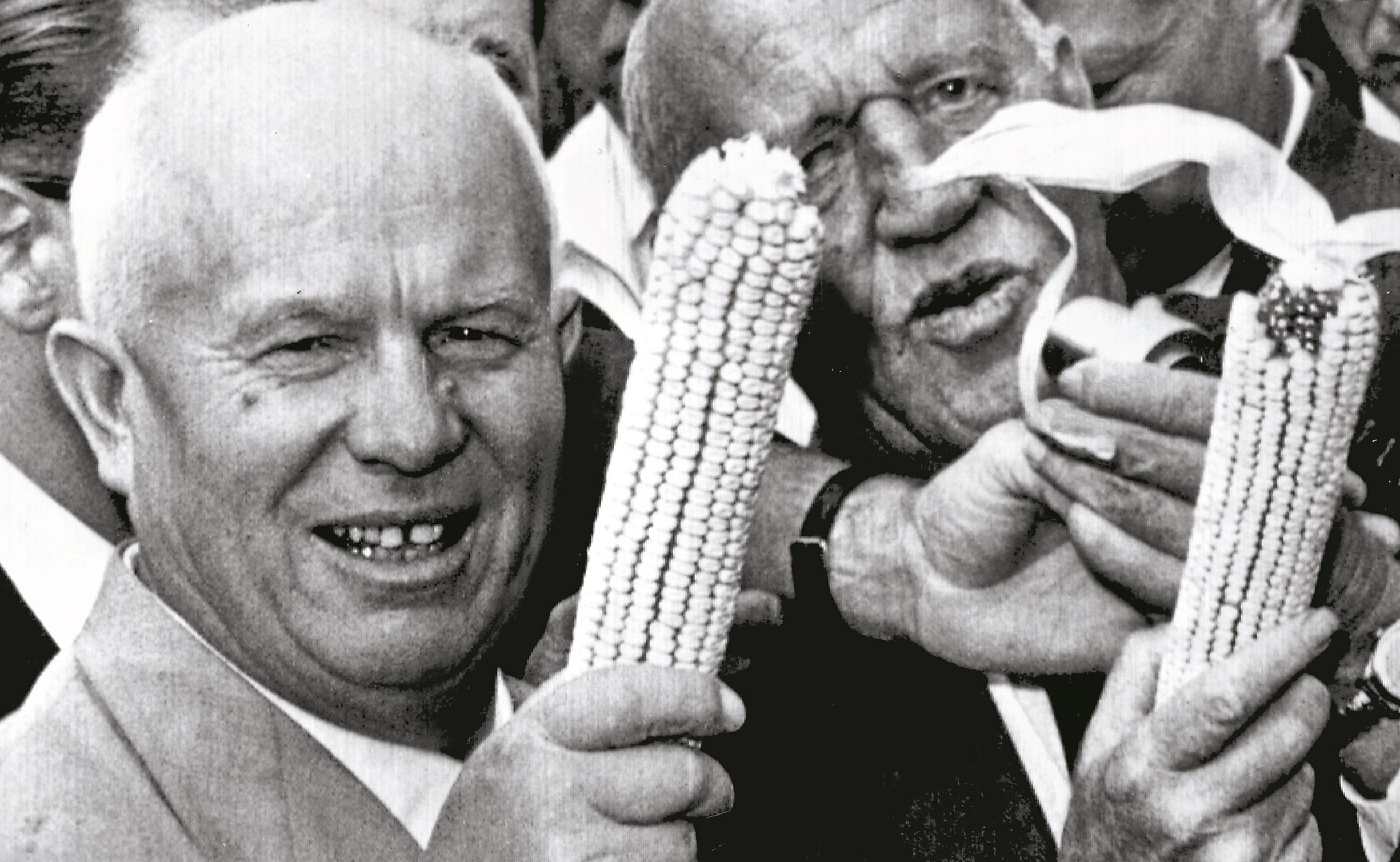 Kukurydza łagodzi obyczaje, czyli o krótkiej przerwie w zimnej wojnie -  Historia - Newsweek.pl