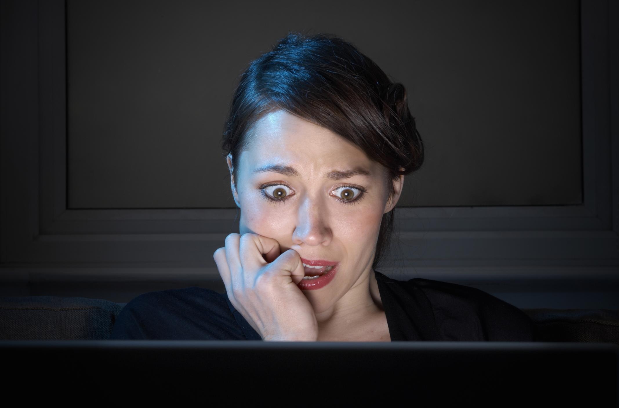 Oszustwa witryn randkowych