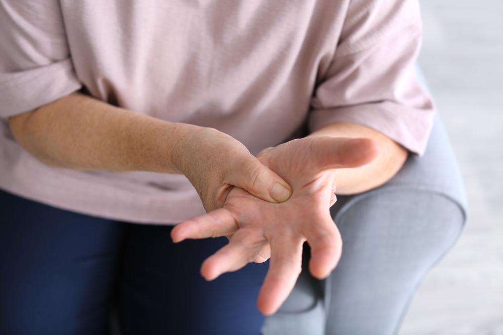 injekciók a fájdalom az ízületek a kéz név)