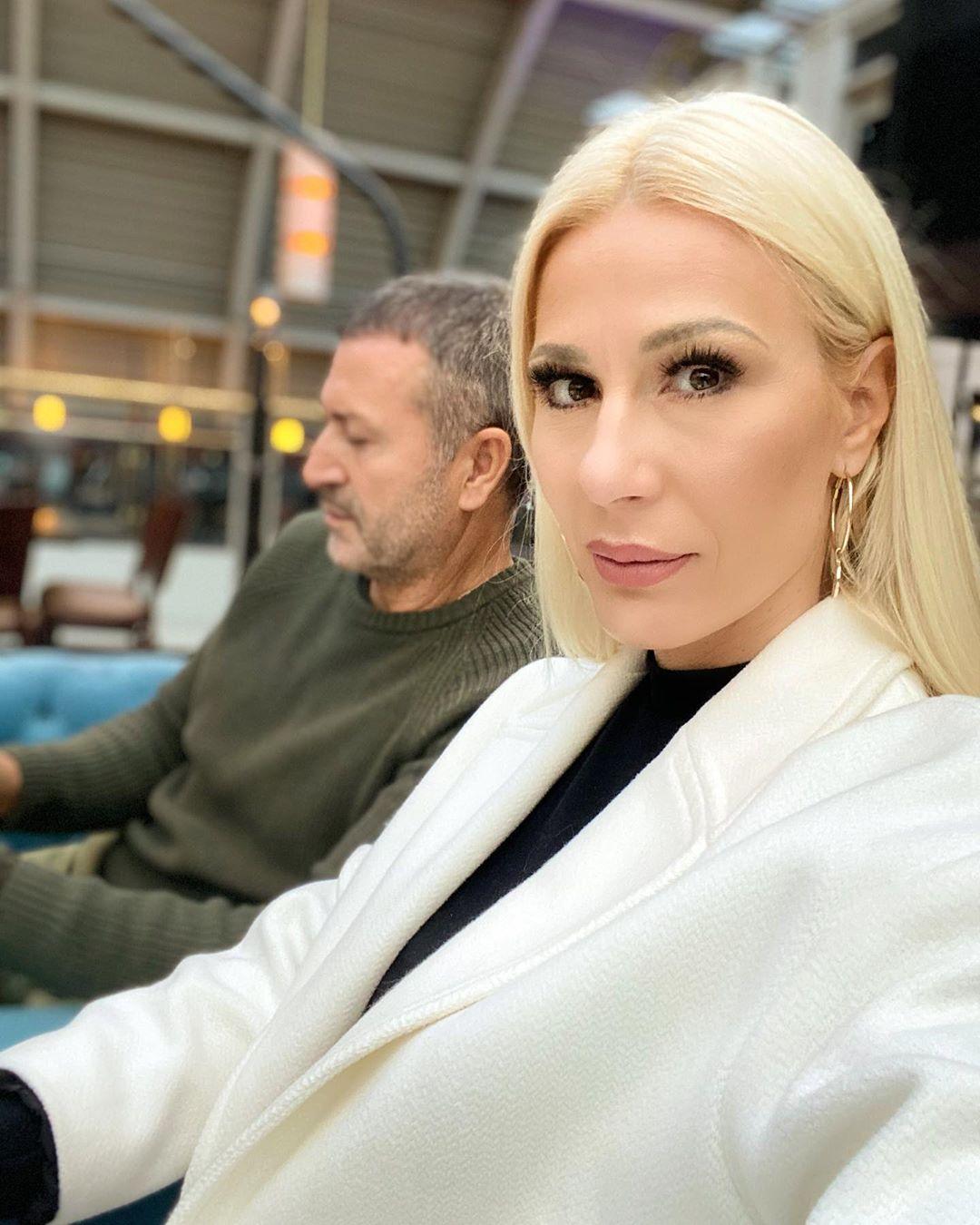 """""""IZ STANA SE ČULA VIKA, PSOVANJE"""": Komšije kažu da su htele da zovu policiju zbog haosa u domu Đoganijevih nakon prevare!"""