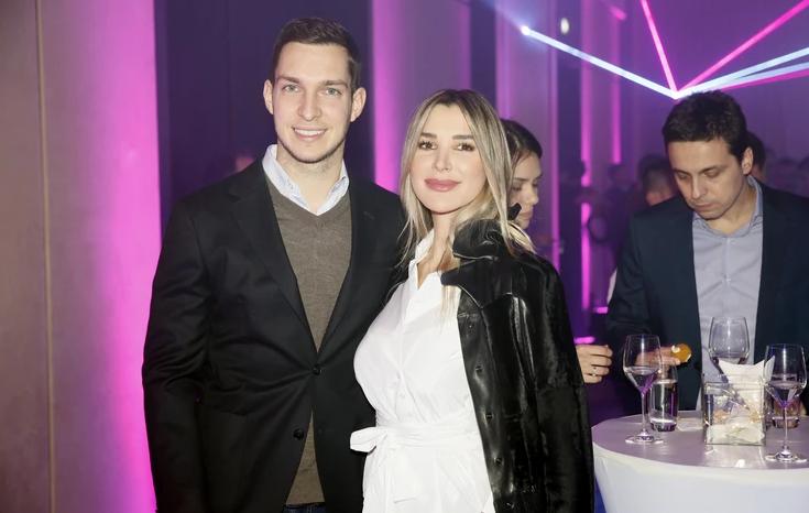 """""""DOBAR MOMAK, NEGO OŽENIO ZMIJU"""" Dragana Džajić objavila suprugovu fotografiju, a komentar je iznenadio sve! (FOTO)"""
