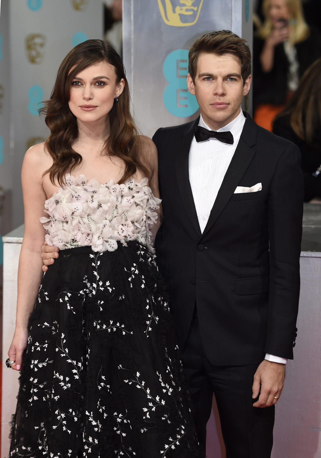 Keira Knightley i jej mąż James Righton na gali BAFTA 2015