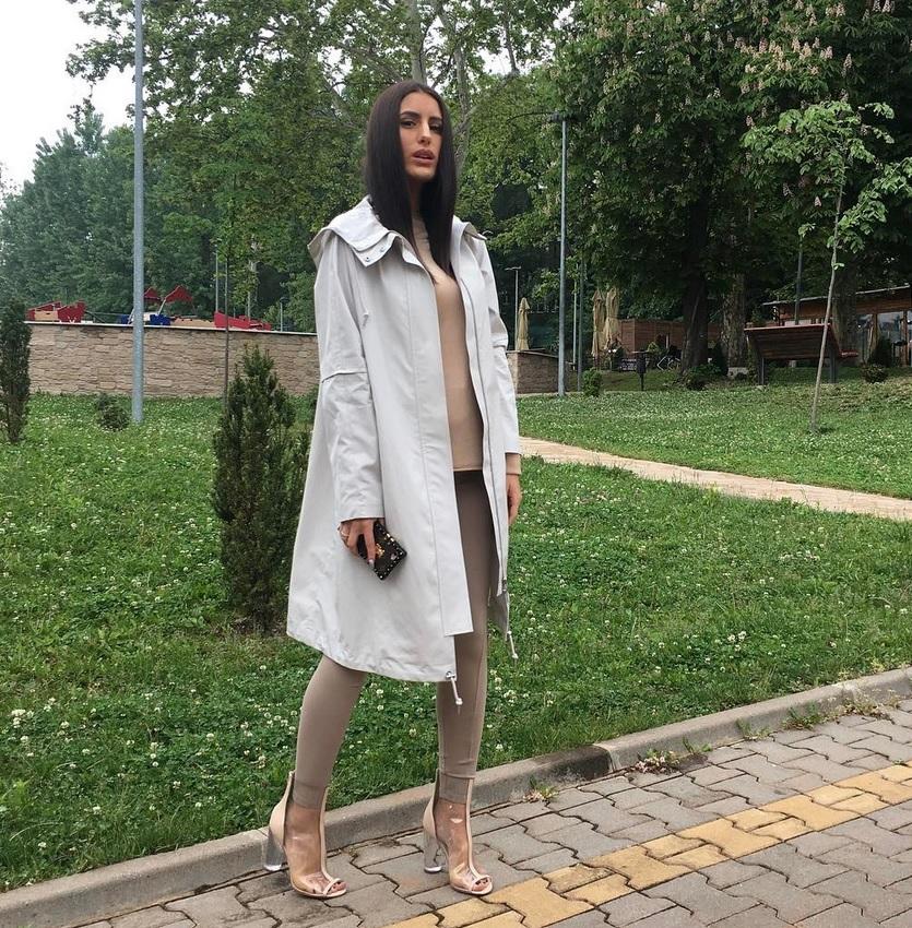 Danas ima lift u vili, a evo kako je Dijana Janković izgledala pre nego što se udala i na početku karijere (FOTO)
