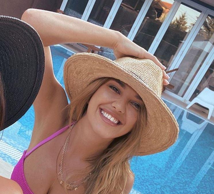 I Kija Kockar NAPUSTILA SRBIJU: Evo gde je otišla na odmor i SA KIM!