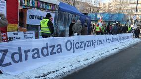 """""""Bunt jest formą demokracji"""". Przed Sejmem manifestacje"""