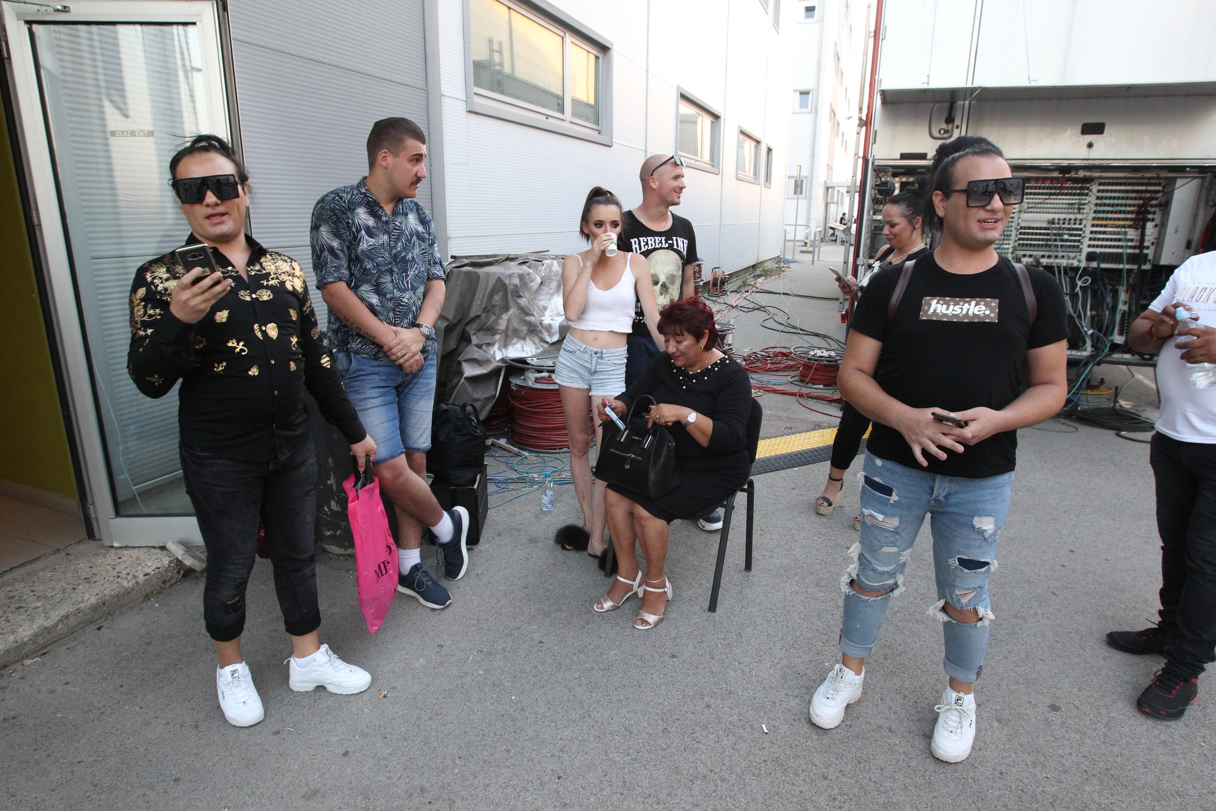 Porodica Vasić ulazi u Zadrugu 4, a evo kako izgleda NJIHOV DOM!