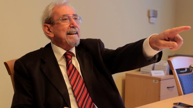 Rubovszky György szerint a képviselők juttatása nem fizetés, ezért jár a nyugdíj /Fotó: Gy. Balázs Béla