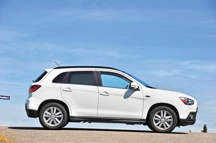 Mitsubishi ASX kontra Nissan Qashqai: crossovery gotowe na ...